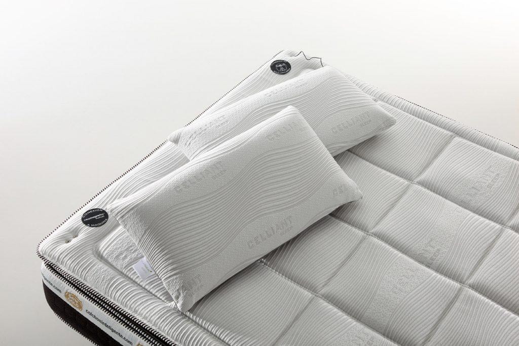 capa superior de colchon inteligente gold con almohadas de celliant